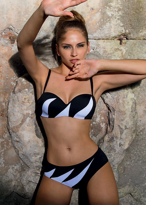 Nicole Olivier Manege Manic Bikini
